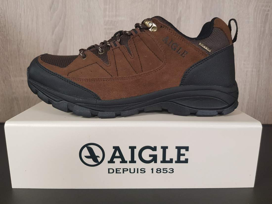 AIGLE TENERE LIGHT LOW CVS SAND HOMOKSZÍNŰ CIPŐ